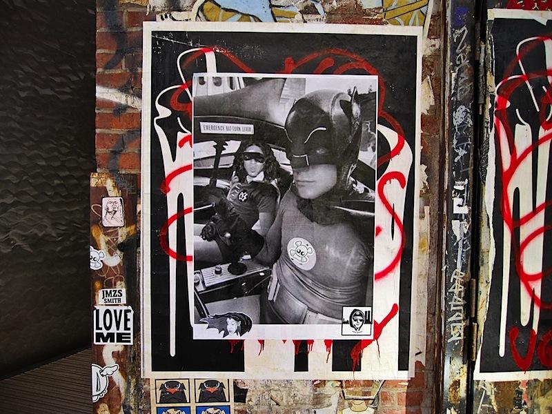 batman_and_robin_street_art_in_nyc.jpg
