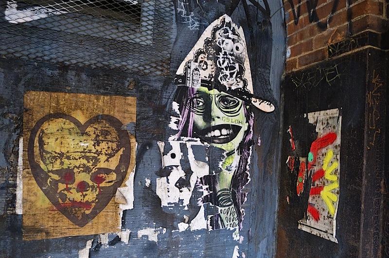 judith_supine_street_art_in_dumbo_ny.jpg