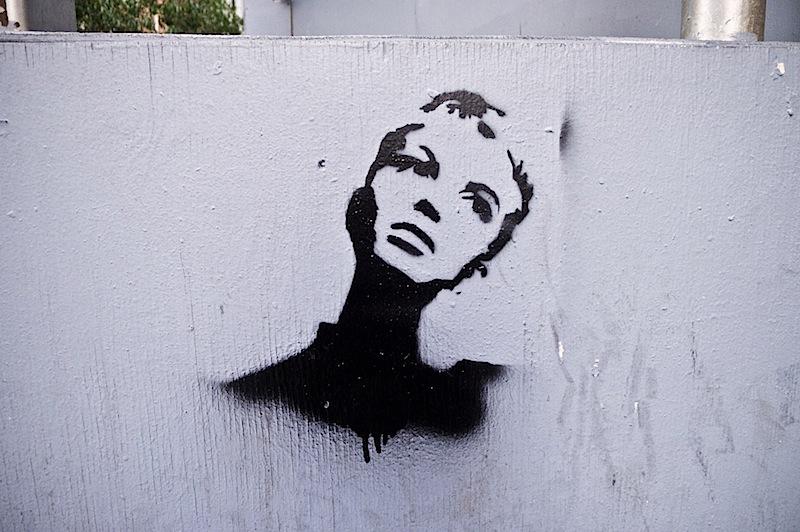 twiggy_street_art_stencil.jpg