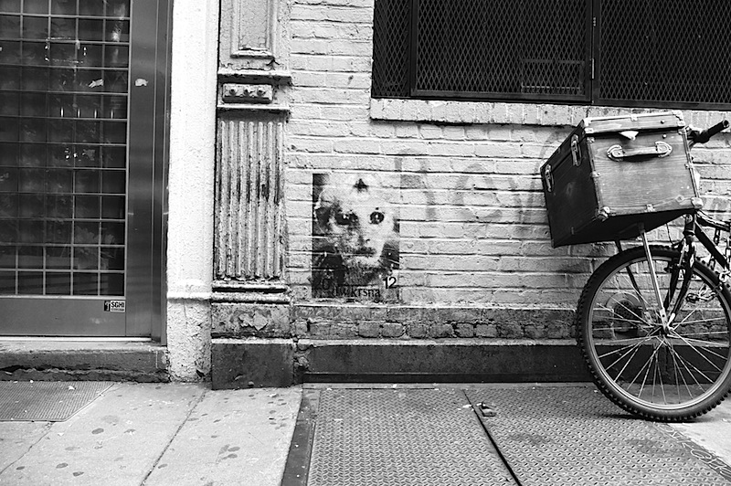 alien street art by dw krsna found in SoHo, NYC