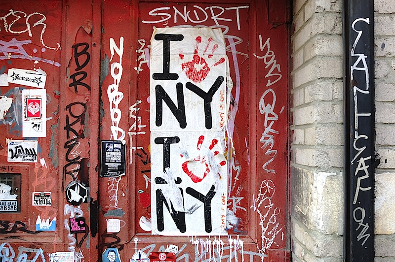 army_of_one_graffiti_in_nyc.jpg